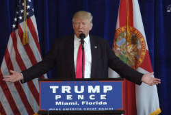 Trump: I hope Russia Has Clinton's Emails