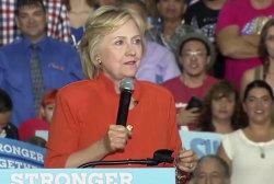 Clinton Slams Trump Economic Plan