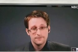 Snowden pushes forth for presidential pardon