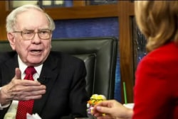 Buffett calls Trump's bluff on taxes
