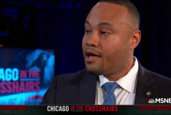 Fmr. cop to Trump: 'Come here to Chicago'