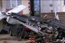 Small plane crashes in New Jersey