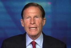 Senator calls for tougher Russian sanctions
