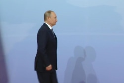 The difficulty of Trump's meeting with Putin