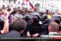 Despite crackdowns, resistance to Putin grows