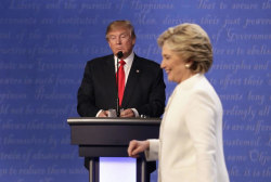 Clinton resurfaces as Trump seeks path...