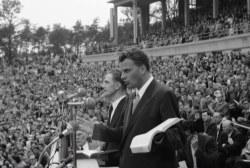 Meacham: Graham was an Evangelical, not a fundamentalist