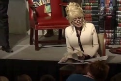 #GoodNewsRuhles: Dolly Parton donates 100 millionth book