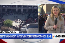 Students participate in moment of silence to honor Parkland victims