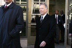 Ex-CIA operative affected by Scooter Libby case reacts to possible pardon