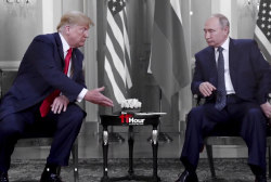 WH delays 2nd Trump-Putin summit until after 'Russia witch hunt'