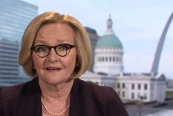 Claire McCaskill thinks 'whoever can knit' left and middle will win Democratic nomination