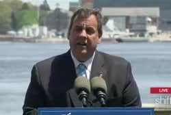 Christie talks foreign policy in NH