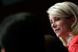LIVE VIDEO: Greg Abbott and Wendy Davis,...