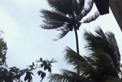 Hawaiians prepare for Hurricane Julio