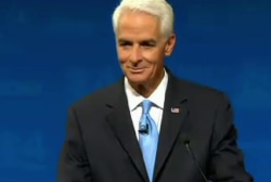 Charlie Crist's fan upstages him at debate