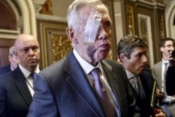 Injury leads to eye surgery for Harry Reid