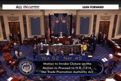 Senate Democrats rebel over trade deal
