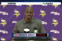 Peterson back with Vikings