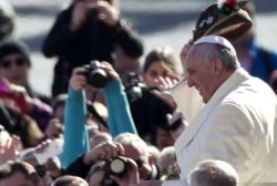 Pope tries to get world attention on climate