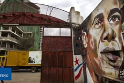 'Obamamania' takes over Kenya ahead of visit