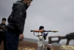 US to end Syrian rebel training program