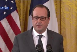 Hollande: We cannot abandon refugees