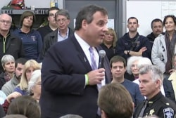 Christie connects with NH voters