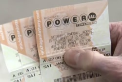 Powerball rises to $900 million