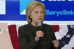 Clinton tries to close in on Sanders' NH lead