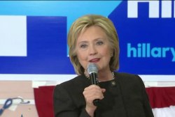 Clinton makes a strong push in NH