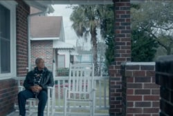 Clinton ad addresses Charleston church...