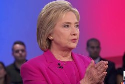 Clinton: I won't raise retirement age