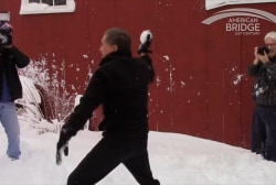 Kasich engages in NH snowball fight