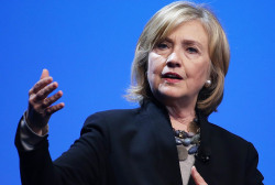 Clinton discusses race in Missouri