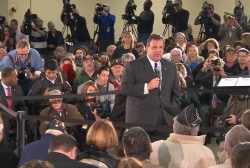 Christie holds town hall as scandal worsens