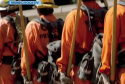 Inmates battle California wildfires