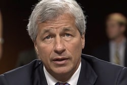 JP Morgan CEO apologizes for risky trading...