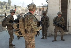 Obama stops Afghanistan troop withdrawal