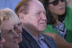 Adelson 'doesn't want a crazy extremist'