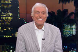 Dick Van Dyke picks Tuesday's debate winner