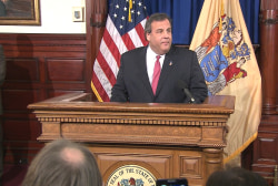 Subpoenaed Christie staffer pleads the 5th