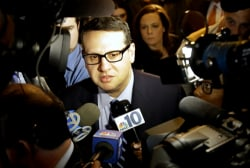 Wildstein clears throat to sing on NJ scandal
