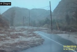 Man narrowly escapes flash flood in CA