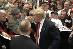 Supporter to Trump: 'I'm a Muslim'