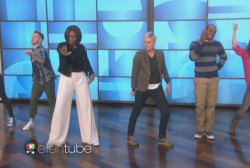 Michelle Obama busts a move on 'Ellen'