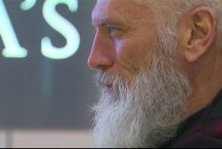 Shopping mall gets a high-fashion Santa Claus