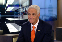 Fmr. Gov. Charlie Crist campaigns for old job
