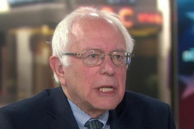 Sanders looks to pull off upset in NY