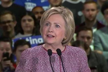 Clinton, Trump ratchet up attacks